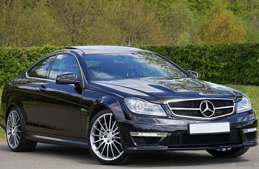 Why is It Better to Choose a Luxury Car Hire Brighto