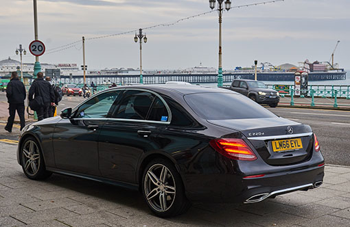 How to Go About Airport Transfers in Brighton